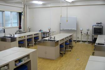 実験室(4F)